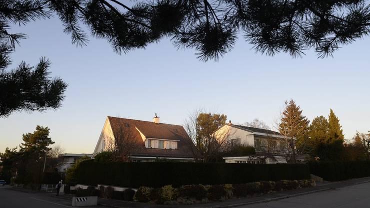 Die Zinsen seien nach wie vor tief und Investitionen in ein Eigenheim deshalb eine echte Anlagealternative, stellte Präsident Christoph Geiser fest.