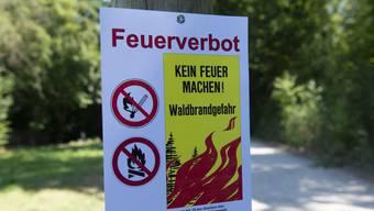 Der Kanton Aargau lockert das Feuerverbot. (Archiv)