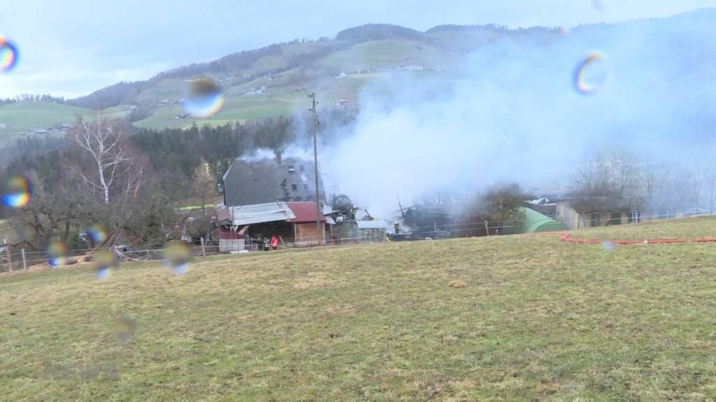 Brand in Fahrni bei Thun zerstört Bauernhaus