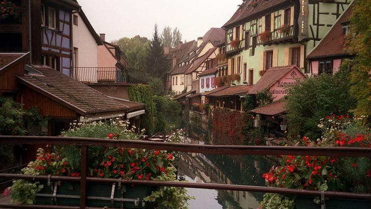 Auffällig ist, dass in der ehemals linken Arbeiterstadt Mulhouse zwei Drittel der Stimmen an die Rechte oder die extreme Rechte ging. (Symbolbild)