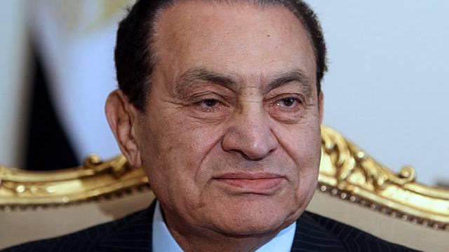 Die Konten Mubaraks und seiner Entourage in der Schweiz sind bereits blockiert