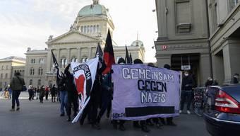 Zum Unmut der Stadtregierung fanden am Samstag in Bern zwei unbewilligte Demonstrationen statt.