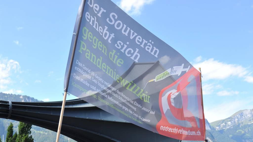 Gegner des Covid-19-Gesetzes startenUnterschriftensammlung