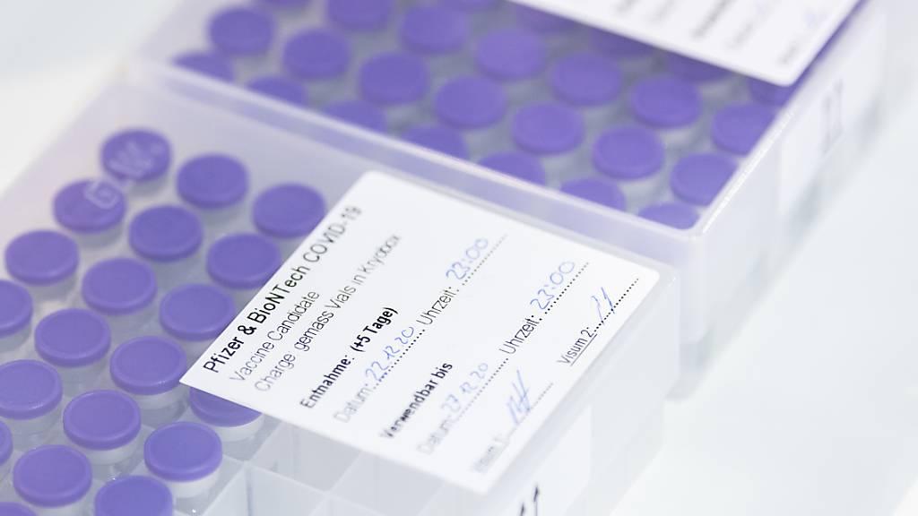 Der Corona-Impfstoff muss innerhalb von fünf Tagen verwendet werden. Appenzell Innerrhoden hat am Mittwoch in den Alters-und Pflegeheimen mit einem Testlauf begonnen.