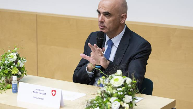 Alain Berset trat am Montag nach einem Besuch in St.Gallen vor die Medien und sprach über die jüngsten Entwicklungen.