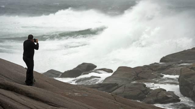Erste Ausläufer des Sturms in Peggy's Cove in Nova Scotia