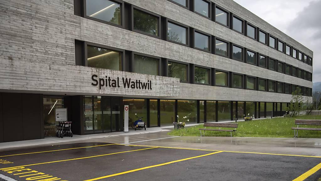 Am 13. Juni wird im Kanton St.Gallen unter anderem über die Zukunft des Spitals Wattwil abgestimmt. (Archivbild)