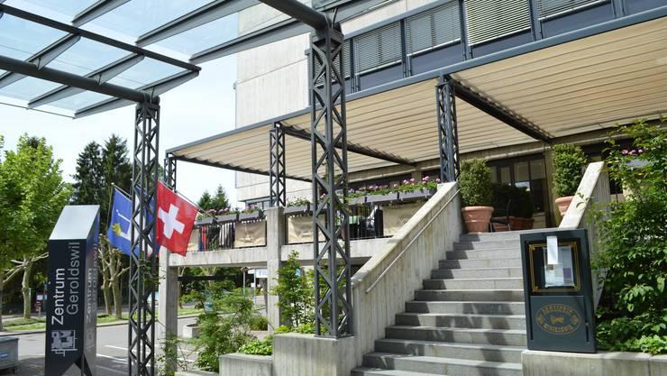 Baufeld Hotel: Der nächste Entwicklungsschritt im Geroldswiler Zentrum ist mit dem Ja zum Projektierungskredit aufgegleist.