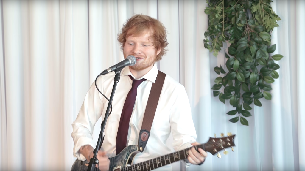 2018-08-13 14_55_06-Ed Sheeran Surprises Deserving Wedding Couple! - YouTube