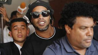 Ronaldinho und Roberto Assis (rechts) wurden in Paraguay verhaftet