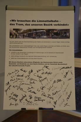 Die Absichtserklärung, unterzeichnet von gegen 60 Exekutivmitgliedern der Standortgemeinden der Limmattalbahn