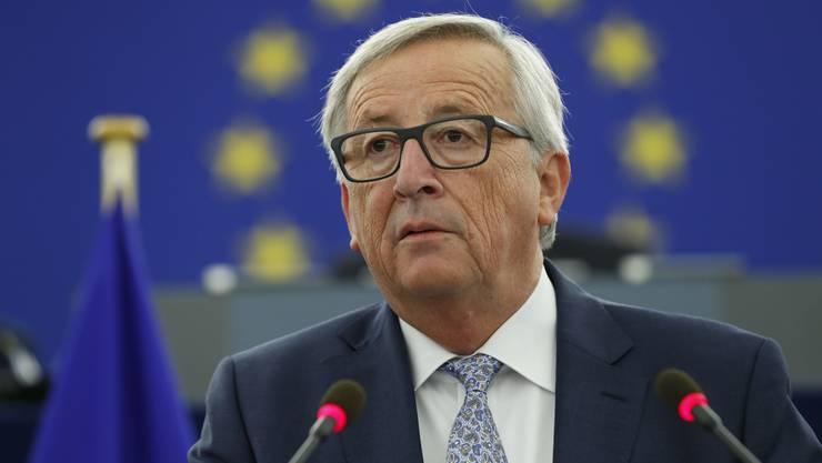 Jean-Claude Juncker möchte den Check mit der Kohäsionsmilliarde am liebsten bei seinem Besuch in Bern am 23. November mit nach Hause nehmen. (Archivbild)