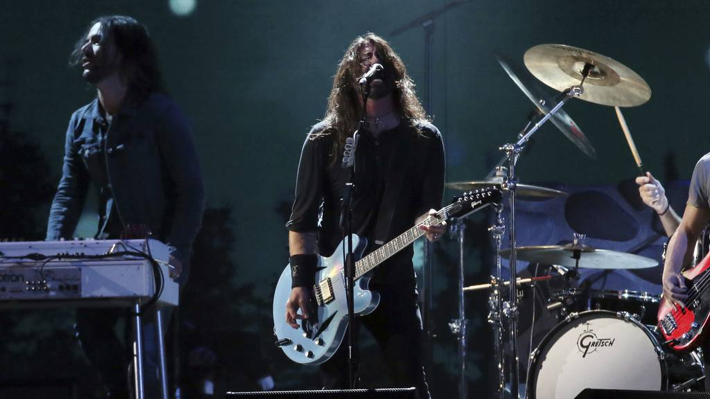 Foo fighters Dave Grohl Brit Awards