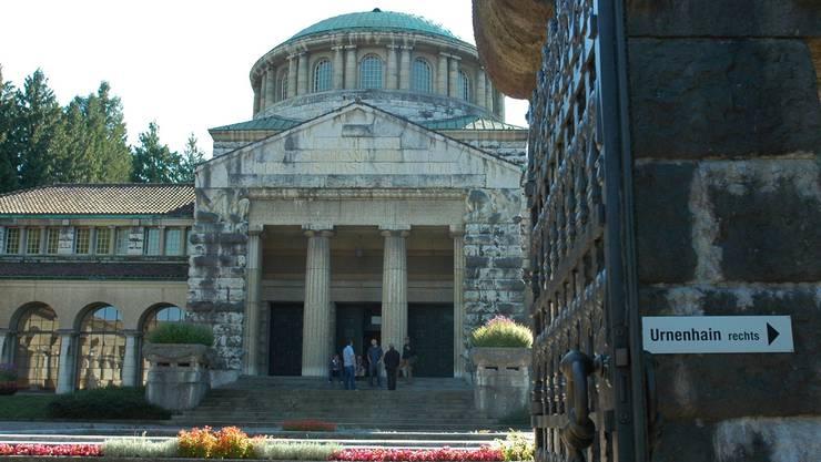Auch das alte Krematorium Sihlfeld wird zum Theaterraum. Matthias Scharrer