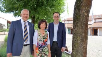 Hans Däpp (links) hört im Herbst als Geschäftsleiter auf, Präsidentin Heidi Schmid konnte mit Michael Dubach an der Generalversammlung den Nachfolger vorstellen.