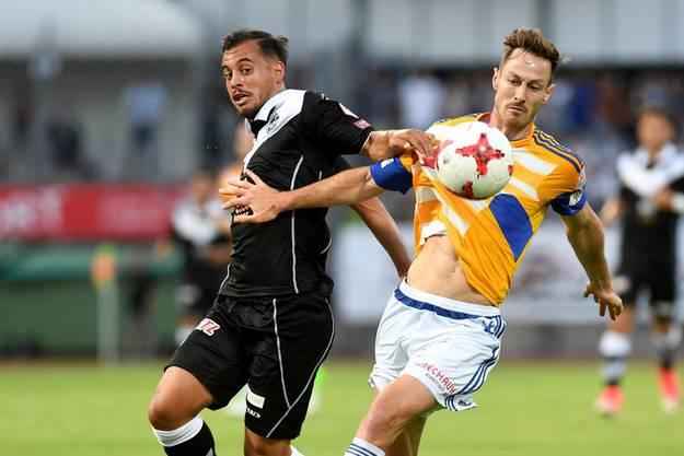 Hier noch in der Schweiz, heute spielen beide im Ausland. Davide Mariani vom FC Lugano, François Affolter im Dress des FC Luzern.