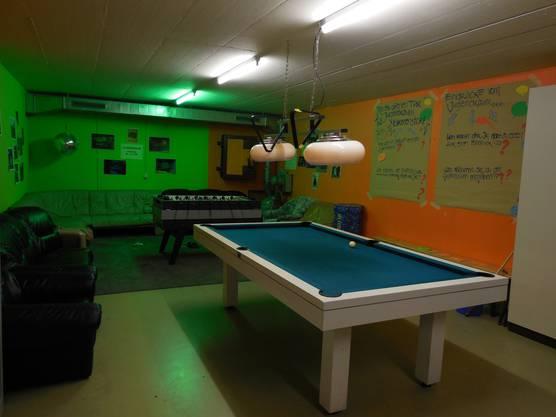 Der Jugendraum Birmenstorf ist mit Billiardtisch, Tischfussballkasten und Kinoraum (nicht im Bild) ausgestattet