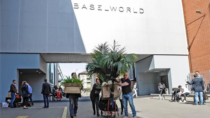 Aufräumen bei der Baselworld. Das Messegeschäft hat an Attraktivität verloren. Martin Töngi