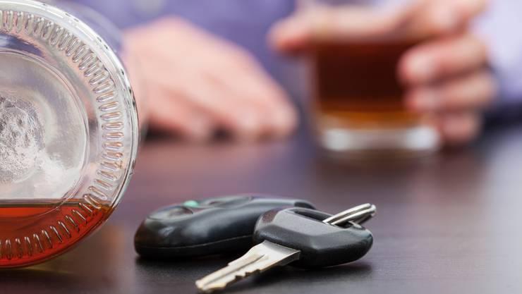 Nach ersten Erkenntnissen war die Unfallverursacherin betrunken und schlief am Steuer ein.