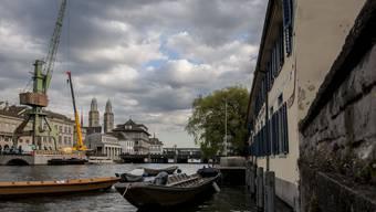 Die JUSO möchte den Hafenkran in Zürich behalten