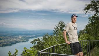Die Welt ist wieder in Ordnung: Marc Gisin auf der Terrasse des Grand Hotels in Magglingen.