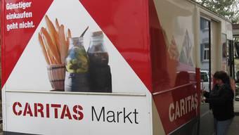 Diesen Bus – hier noch mit Thurgauer Nummernschild – stationierte die Caritas in Allschwil. Die Bevölkerung nutzte ihn aber nur spärlich. zvg