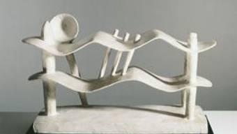 """Alberto Giacometti, Femme couchée qui rêve, 1929. Kunsthaus Zürich, Alberto Giacometti-Stiftung. Das Werk ist zu sehen in der Ausstellung """"Alberto Giacometti - Material und Vision"""" im Kunsthaus Zürich vom 28. Oktober 2016 bis 15. Januar 2017"""