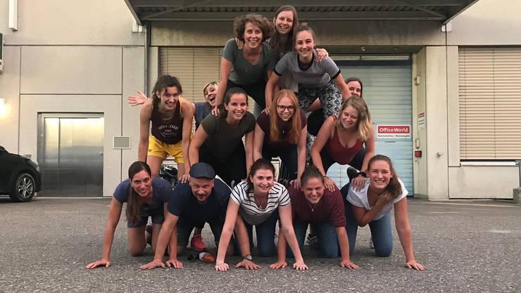 Ein etwas anderes Mannschaftsfoto der NLB-Damen von Basel Regio.