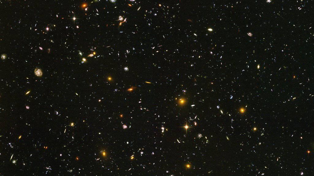 Tiefer Blick in die Vergangenheit des Alls: Das «Hubble»-Teleskop erspähte Galaxien kurz nach dem Urknall.