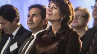 """Bundespräsidentin Doris Leuthard war eine von vielen hochrangigen Gästen an der ersten Konferenz """"Digitale Schweiz"""" in Biel BE."""