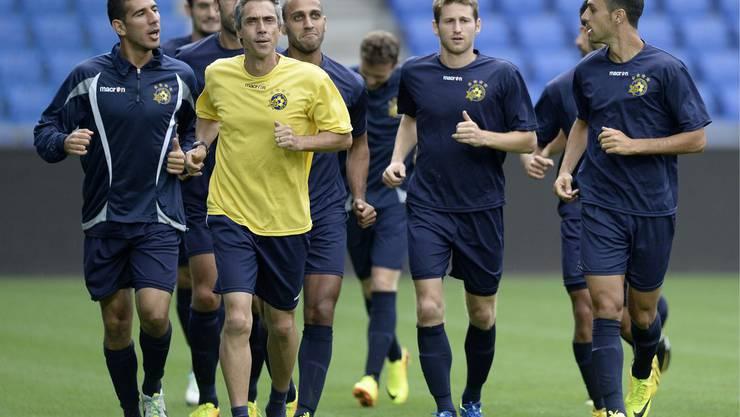 Die Mannschaft von Maccabi Tel-Aviv trainiert im St. Jakobs-Park für das Spiel gegen den FC Basel.