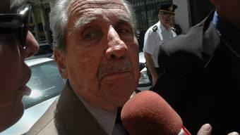 Gregorio Álvarez 2007 nach seiner Verhaftung: Der ehemalige Militärdiktator wurde wegen mehrfachen Totschlags zu 25 Jahren Gefängnis bestraft worden.