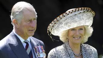 Charles und Camilla freuen sich über die Geburtstagsständchen in Neuseeland