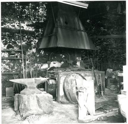 Ein Bild aus der alten Schmitte. Der Betrieb wurde vor 40 Jahren eingestellt.