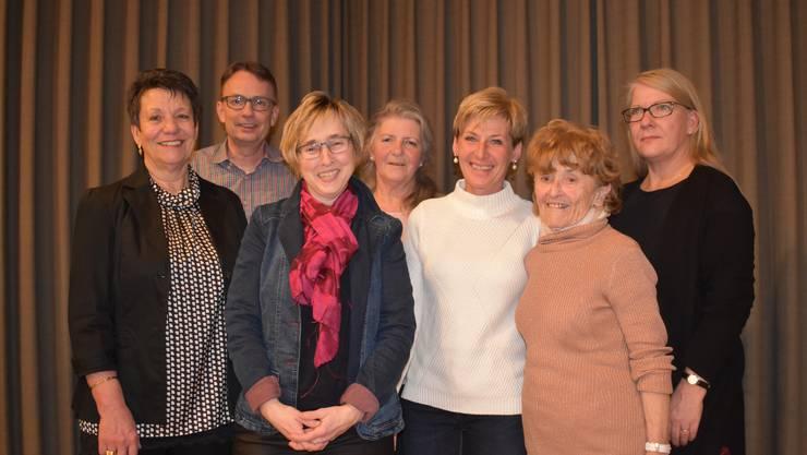 Denise Müller, Beat Fuchs, Gaby Kuhn (neue Präsidentin), Margrit Senn, Renate Stingl, Jolanda Cavenaghi, Susanne Bucher (v.l.n.r.)