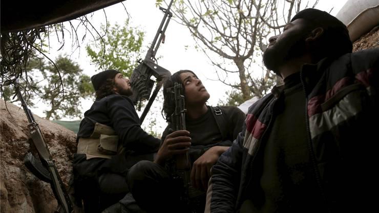 Kamen unter russischen Beschuss: Rebellen der als gemässigt eingestuften Freien Syrischen Armee (FSA).