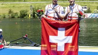 Barnabé Delarze and Roman Röösli triumphieren am Weltcup in Polen