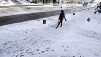In den regionalen Spitälern werden bei Eis und Schnee vermehrt Sturzopfer behandelt.