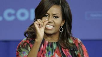 Die Frau des ehemaligen US-Präsidenten Barack Obama, Michelle Obama, hat die Werte der USA in einem Tweet hervorgehoben und damit offenbar auf Äusserungen des aktuellen US-Präsidenten Donald Trump reagiert. (Archivbild)