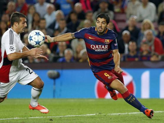 Luis Suarez schoss den FC Barcelona gegen Bayer Leverkusen mit einem späten Treffer zum Sieg.