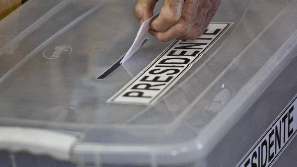 Wahlurne in Santiago de Chile am Sonntag.