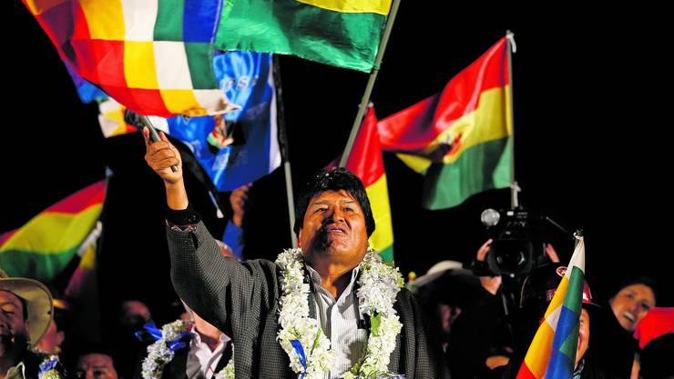 Vor zwei Wochen feierte Boliviens inzwischen zurückgetretener Präsident Evo Morales seinen vermeintlichen Wahlsieg.