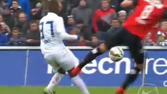 Sandro Wieser foulte FCZ-Yapi brutal und kassiert dafür nun sechs Spielsperren.