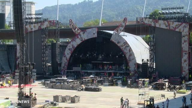 AC/DC: Vorbereitungen auf das Spektakel