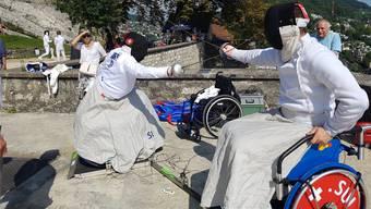 Auch die Rollstuhlfechter lieferten sich packende Duelle.