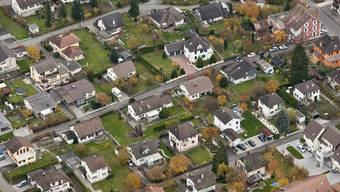 Die Initiative will Ersparnisse fürs eigene Häuschen steuerbefreien (Archiv)