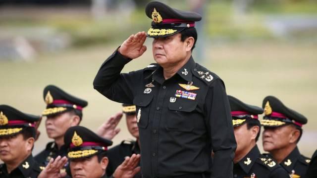 Das Militär regiert: General Prayut Chan-o-Cha (Mitte)