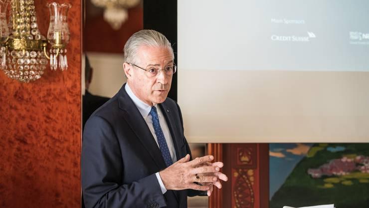 Hubert Achermann tritt als Stiftungsratspräsident des Lucerne Festival zurück. In der Fundraising-Organisation gibt es nun weitere Abgänge.