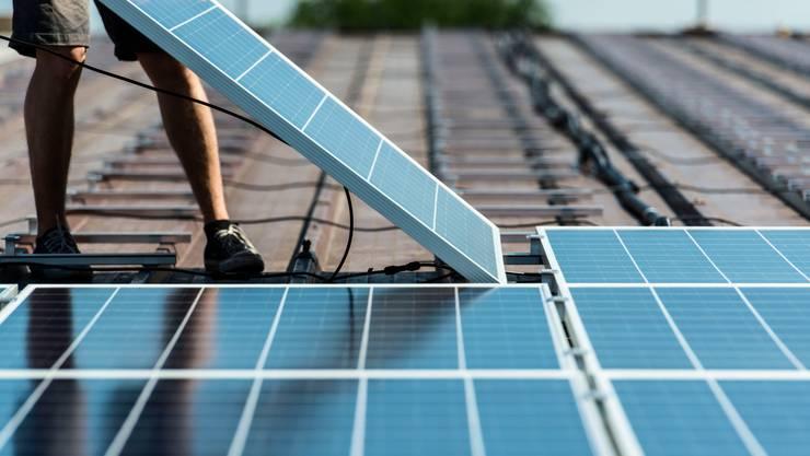 Die Gewinnung durch Strom mittels Solarzellen soll ausgebaut werden. (Symbolbild)
