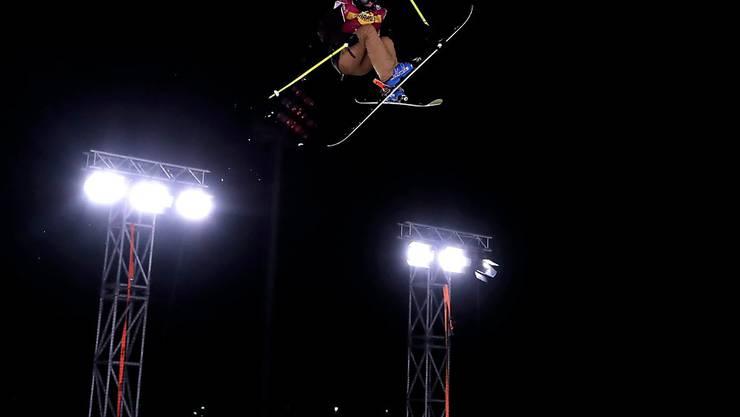 Giulia Tanno ist eine der Schweizer Freeskierinnen, die am Night-Event in Modena im Scheinwerferlicht stehen